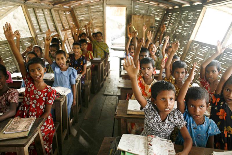 4_Bangladesh-floating-schools