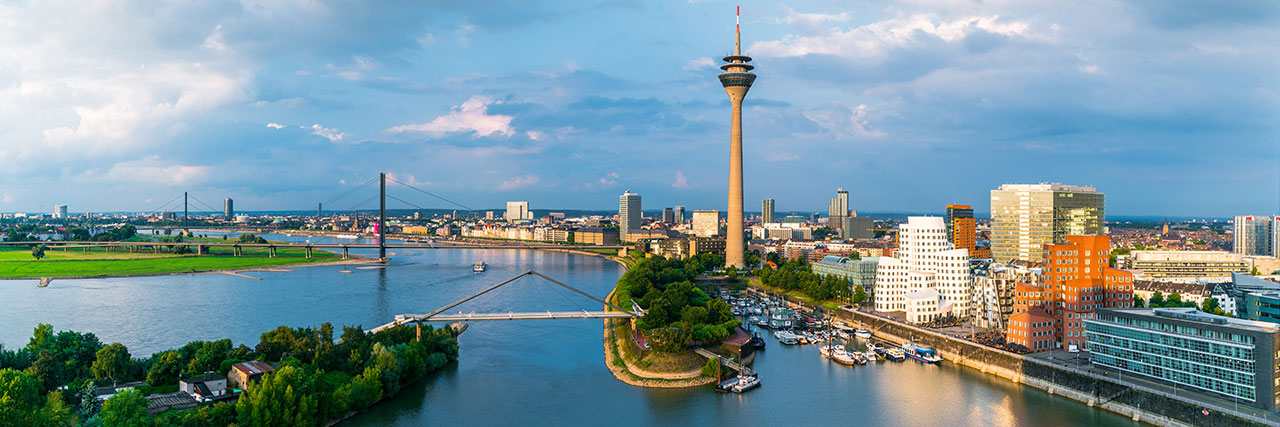 Hyatt-Regency-Dusseldorf-P749-Skyline-Daylight.masthead-feature-panel-medium