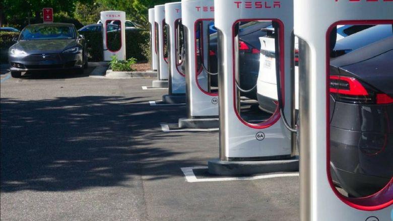 Haber resmi Tesla