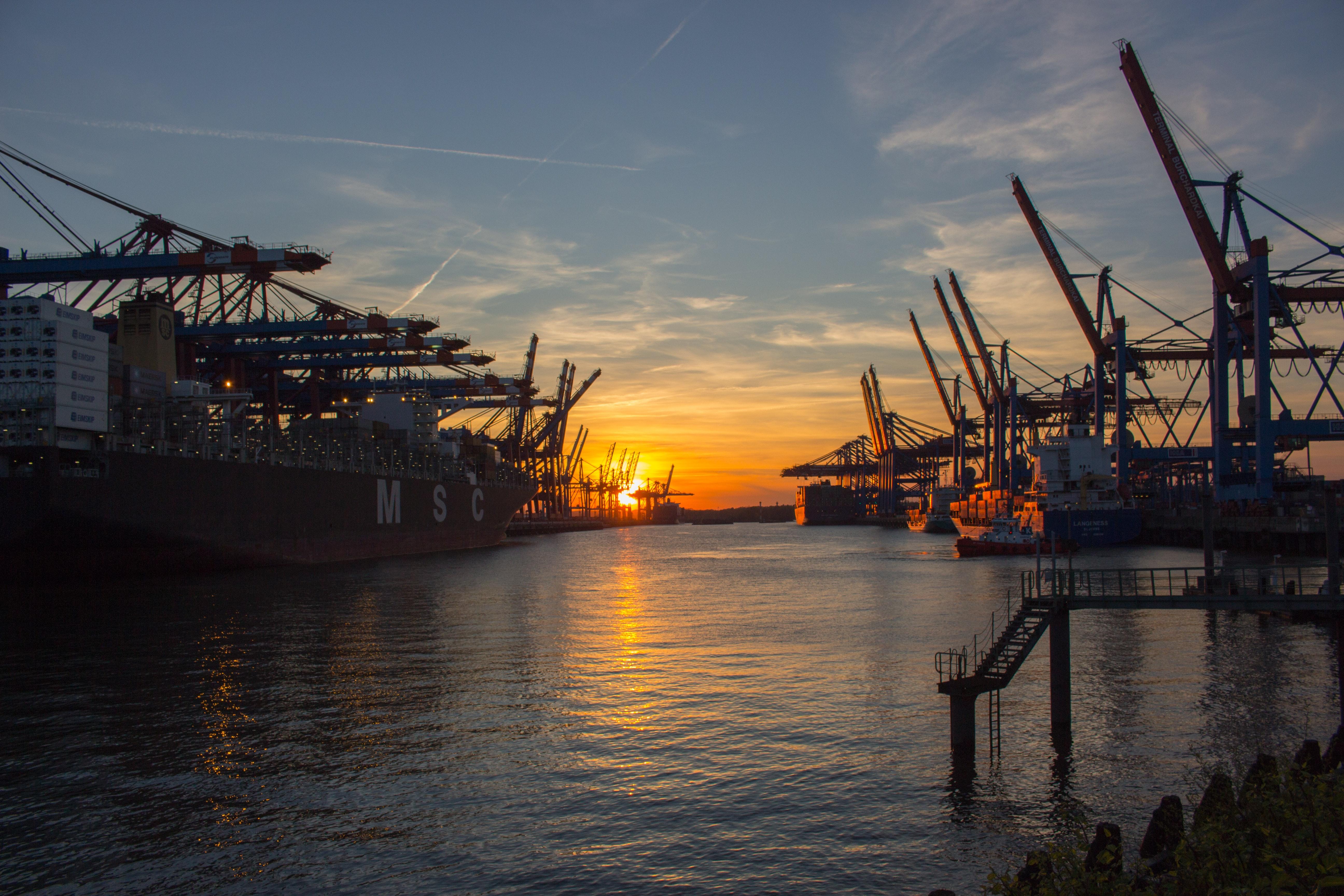 İşte dünyanın en işlek 20 limanı!
