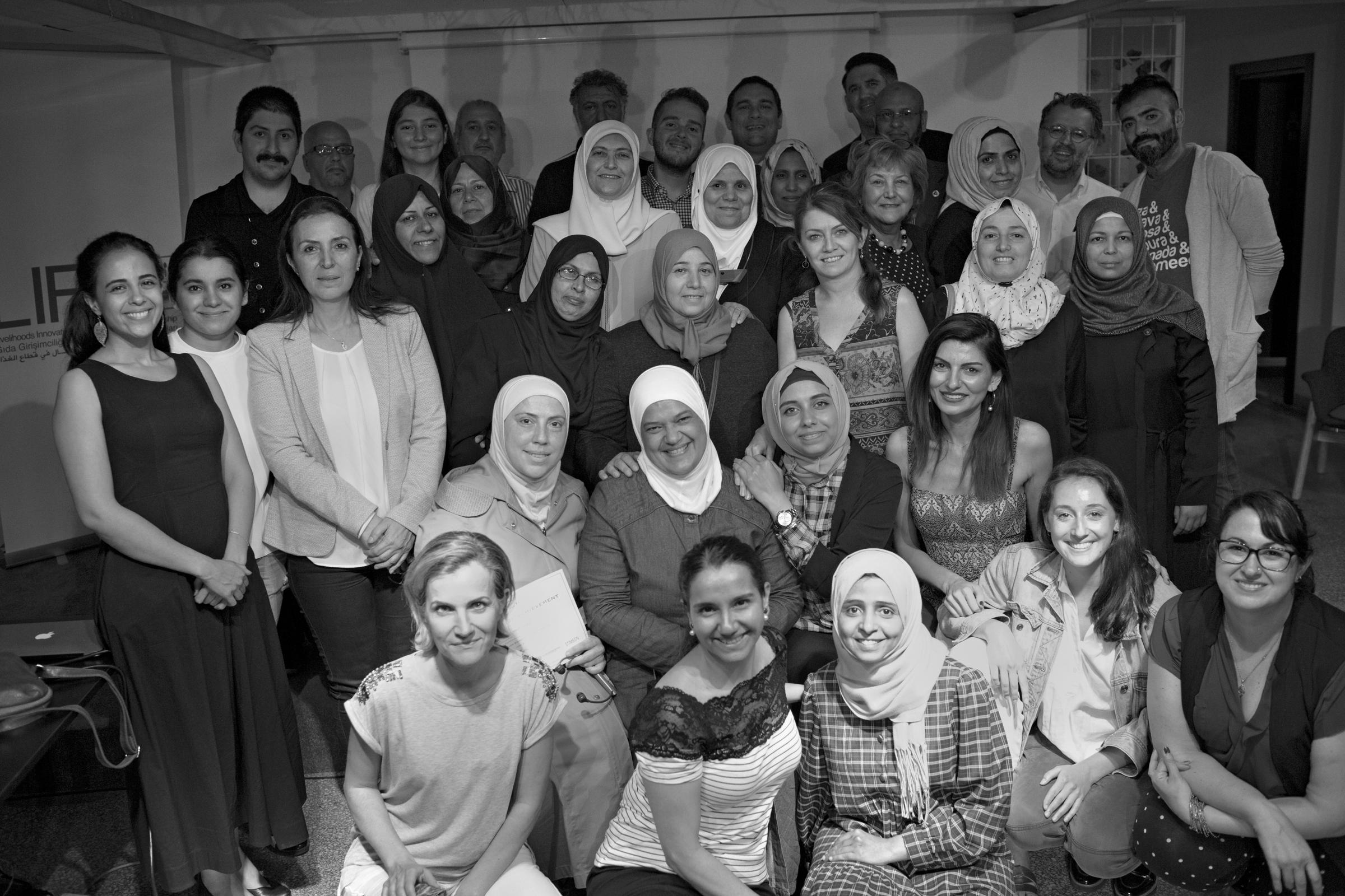 """""""Birbirimizden öğreniyoruz"""": Türkiye'de göçmen ve mülteci girişimcilerinin güçlendirilmesi."""